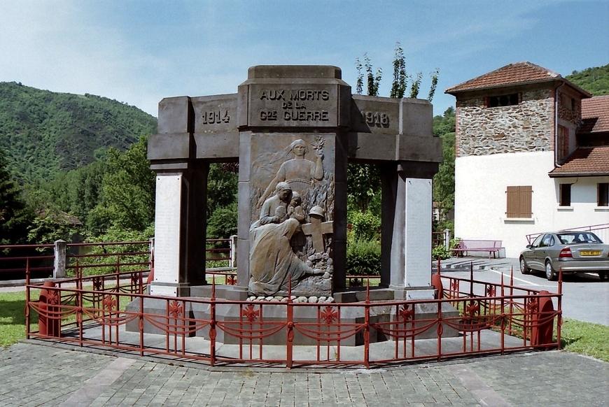 Monument aux morts de boisse penchot aveyron for Chez leon meuble montreal
